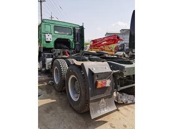HOWO 420 - tractor unit