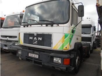 MAN 19.372 - tractor unit
