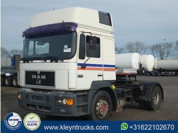 MAN 19.403 F2000 commander xt manual - tractor unit