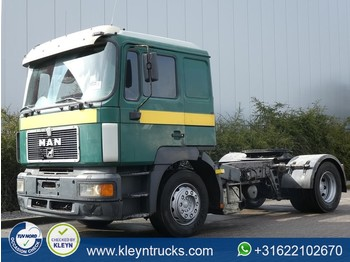 MAN 19.403 F2000 manual - tractor unit