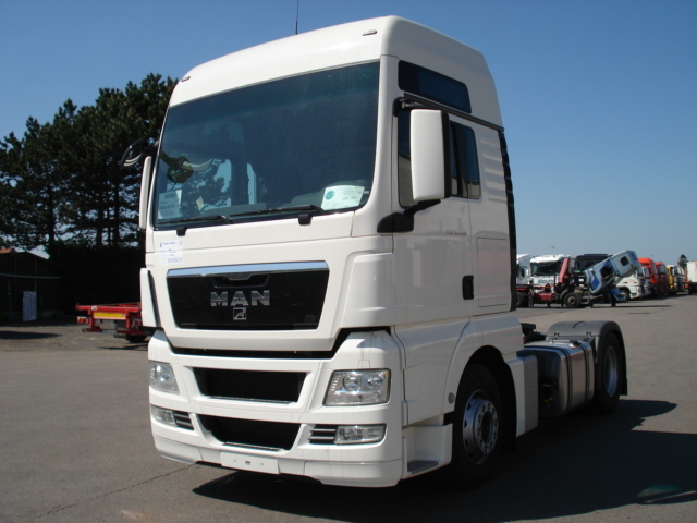 new man tgx 480 xxl tractor unit for sale from belgium at. Black Bedroom Furniture Sets. Home Design Ideas
