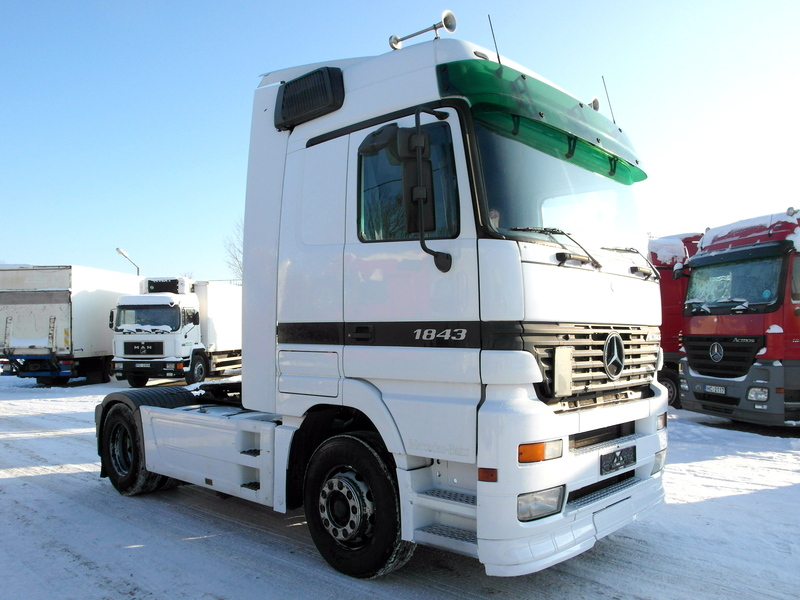 Mercedes Benz Actros 1843 Retarder Ac Tractor Unit From Latvia For