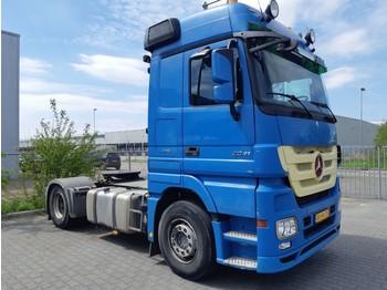 Tractor unit Mercedes-Benz Actros 1841 Megaspace