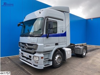 Tractor unit Mercedes-Benz Actros 1844 Retarder