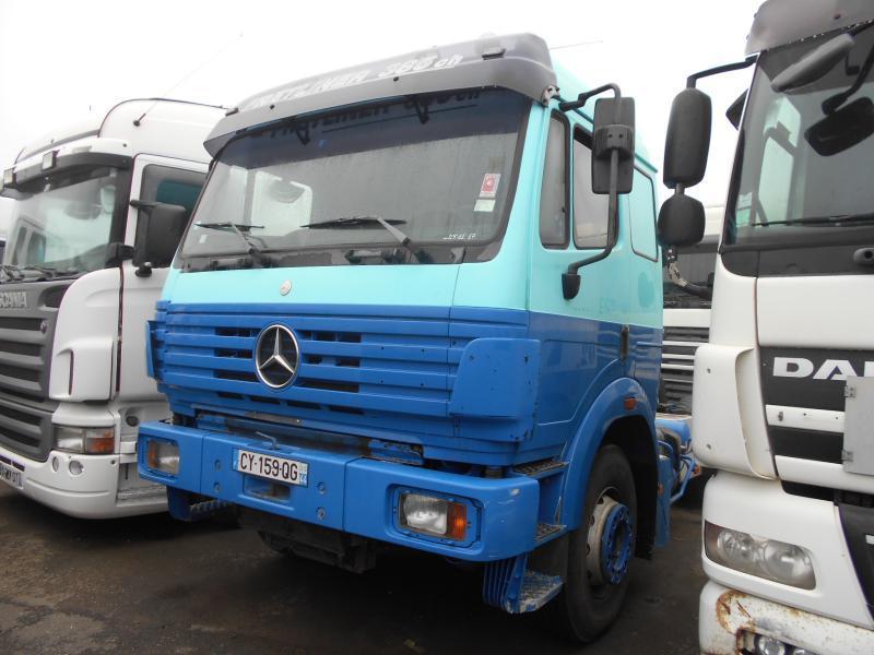 tractor unit Mercedes SK 2038