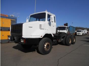 Tractor unit Renault CBH