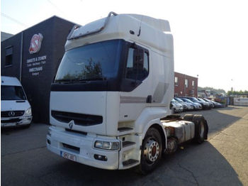 Tractor unit Renault premium 400 manual pump