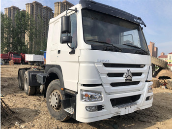 Tractor unit SINOTRUK Howo Tractor truck
