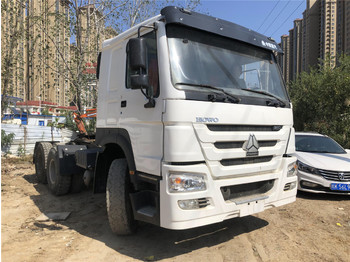 SINOTRUK Howo tractors - tractor unit