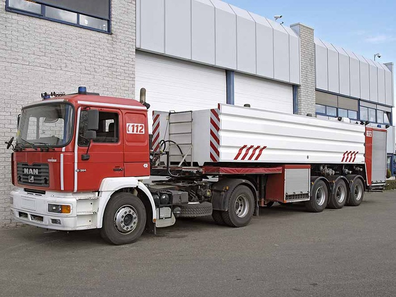 Tractor Trailer Driveline : Stevens trailer tractor unit from netherlands for