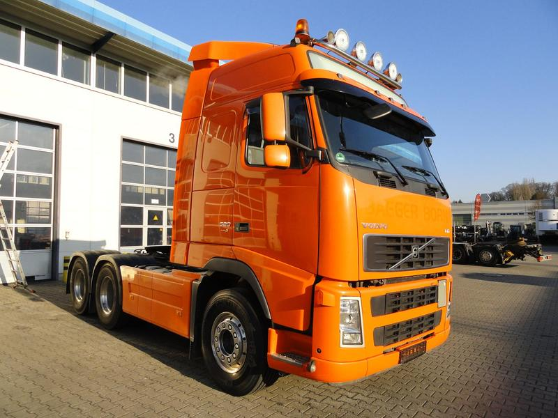 Volvo fh 520 6x4 euro 5 kipphydraulik navigation 60 tonnen for Offenbach fh