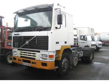 Tractor unit Volvo F10