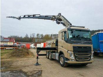 وحدة جر Volvo FASSI 600L426 6x2SZM Greiferhydr. bis ENDE FJ