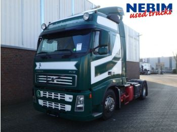 Tractor unit Volvo FH12 420 4x2T I-Shift Globetrotter