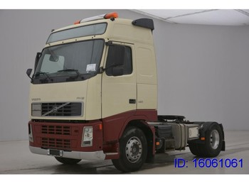 Tractor unit Volvo FH12.420 Globetrotter - ADR
