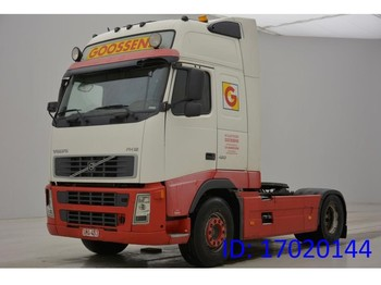 Tractor unit Volvo FH12.420 Globetrotter XL