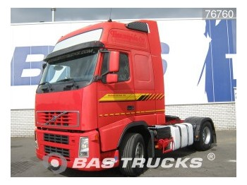 Tractor unit Volvo FH12 420 XL Euro 3: picture 1