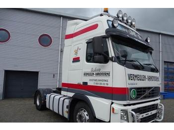 Volvo FH12-460 / GLOBETROTTER XL / MANUAL / EURO-3 / 200  - tractor unit