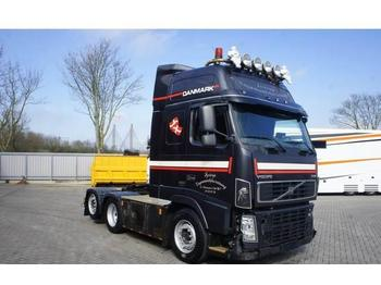 Tractor unit Volvo FH16-580 / GLOBETROTTER XL / AUTOMATIC / 6X2 / EUR