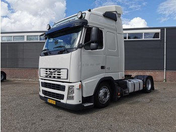 Volvo FH400 4X2 Globetrotter Euro5 - X-LOW - 406.000km! - Hefschotel - 12/2020 APK - tractor unit