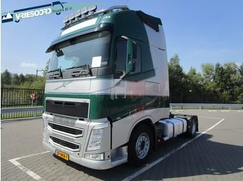 Tractor unit Volvo FH460