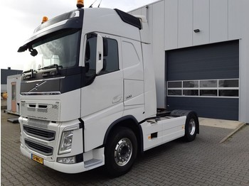 Tractor unit Volvo FH4 500 Globetrotter Manual
