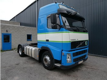 Volvo FH 13 440 GLOBETROTTER ADR - tractor unit