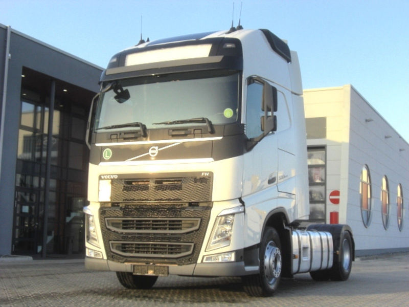 volvo fh 500 euro 6 manual 2 tanks tractor unit from germany rh truck1 eu Volvo Factory Service Manuals Volvo XC90 Manual
