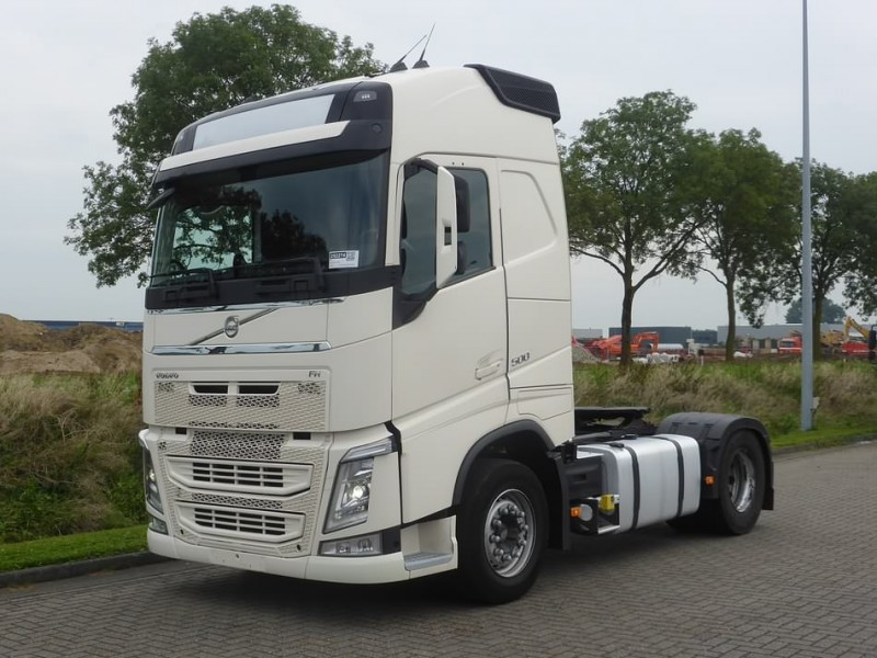volvo fh 500 globe e6 manual tractor unit from netherlands. Black Bedroom Furniture Sets. Home Design Ideas