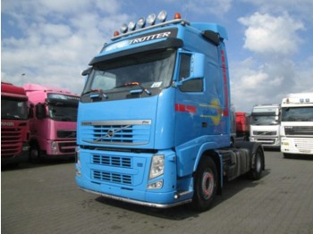 Tractor unit Volvo FH 500 Globbetrotter Euro 5