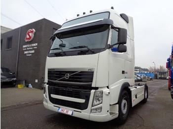 Tractor unit Volvo FH 500 Globe Xl Frigo