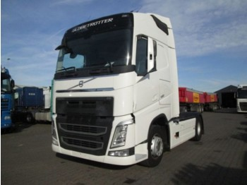 Tractor unit Volvo FH 500 Globetrotter Euro 6
