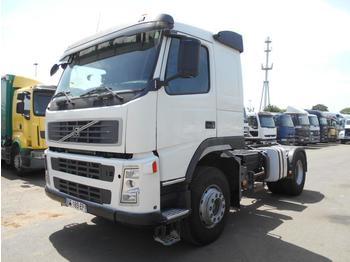 Tractor unit Volvo FM 400