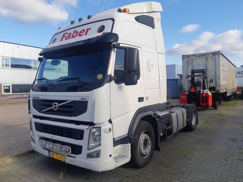 tractor unit Volvo FM 410 EEV 4X2