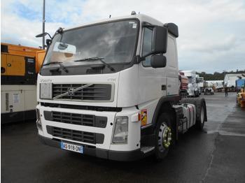 Tractor unit Volvo FM 450