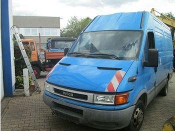 Kastenwagen Iveco 35S11