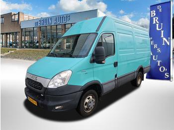 Iveco Daily 35C15V 3.0D 145Pk Dubbellucht Trekhaak 3500Kg 107 Kw L3/H2 - Kastenwagen