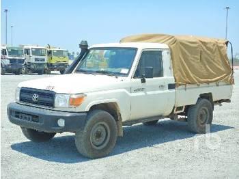 TOYOTA LAND CRUISER 79L 4x4 - Pick-up