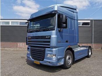 DAF FT XF105-460 4x2 SpaceCab ATe - Double FuelTanks - Side Skirts - 09/2020 APK - trekker