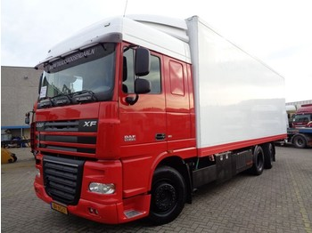 Box truck DAF XF105.410 + Euro 5 + Lift: picture 1