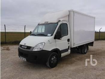 IVECO DAILY 35C11 4x2 - box truck