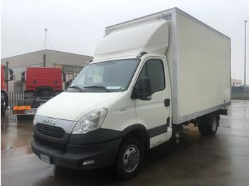 IVECO DAILY 35C15 - box truck