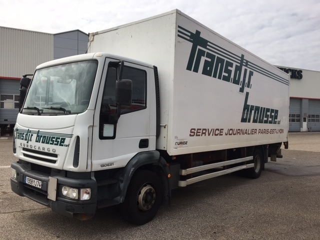iveco euro cargo 130e23 4x2 box truck from france for sale at truck1 rh truck1 eu Iveco Eurocargo 4x4 Iveco Eurocargo Euro 6