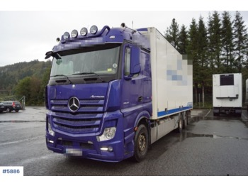 Mercedes Actros - box truck