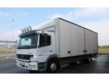 Box truck Mercedes-Benz 1524 L 4X2