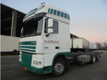 Cab chassis truck DAF XF105.460 6x2