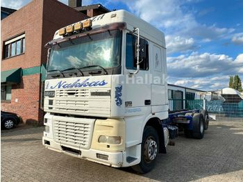 DAF XF95 430 SpaceCap 6x2 Euro 2  - cab chassis truck