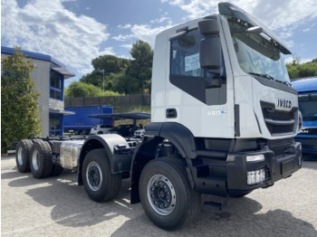 IVECO AD410T45 Trakker 8x4 E6 (Cab chasis) - cab chassis truck