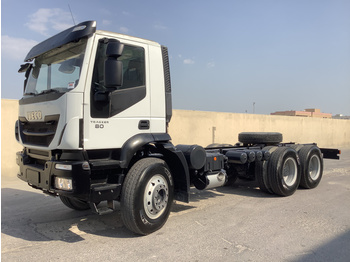 Iveco AD380T38H - cab chassis truck