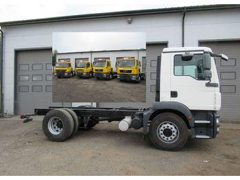 Φορτηγό σασί MAN 18 330